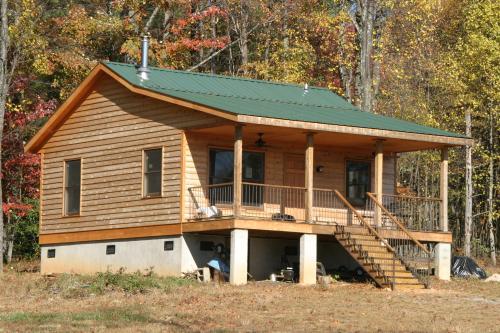 30 Built It Yourself Log Cabin Plans I Absolutely Like: Huntsman Cabin Plan